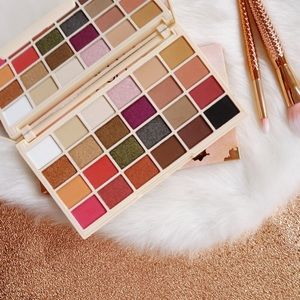 Makeup Revolution SophX Palette